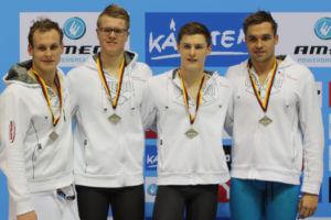 4x100m Freistil-Staffel: Matthias Lindenbauer und seine Vereinskollegen (Foto: Heike Hundshagen)