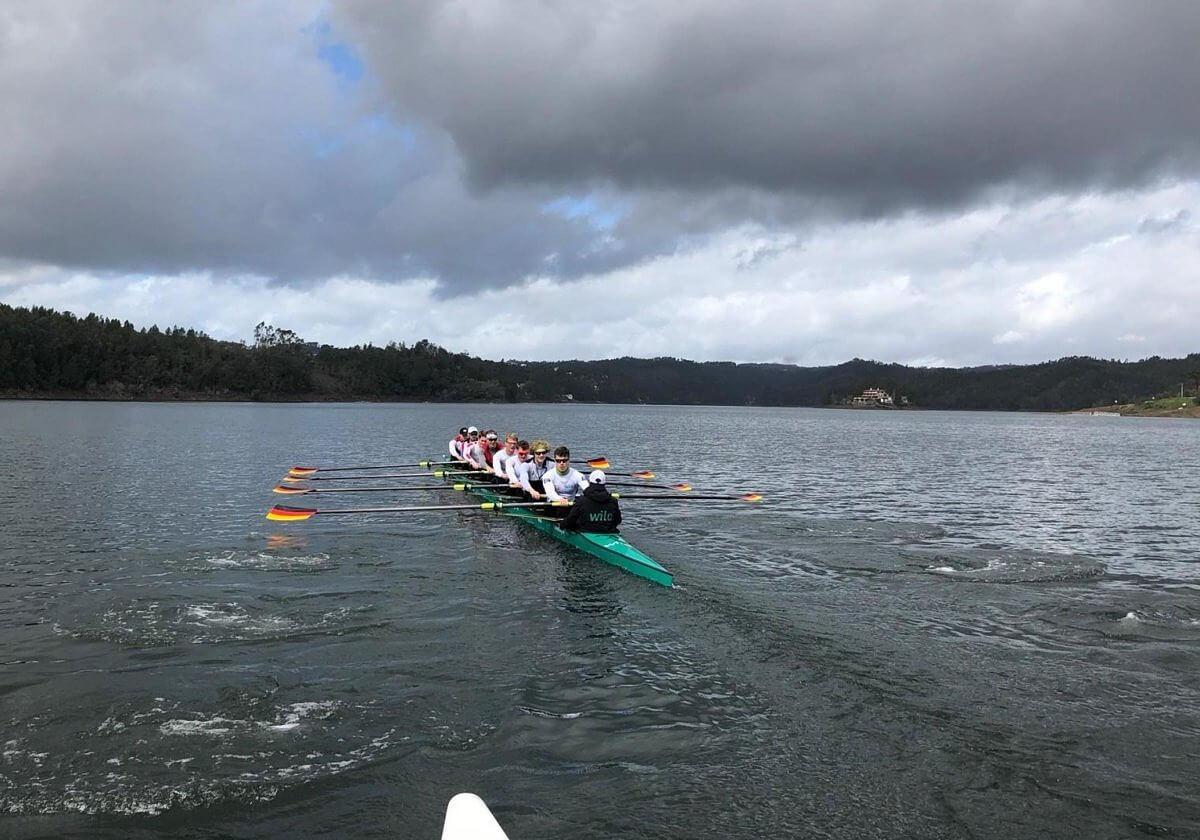 Bild des Team Deutschland-Achter beim Training auf dem Lago Azul